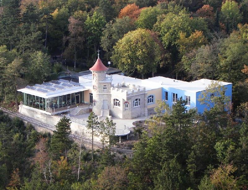 Sanierung und Erweiterung Berggaststätte Landgrafenhaus